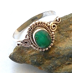 Emerald Sterling Silver Ring Size 8